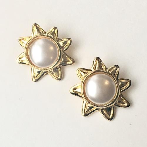 Sun with pearl earring L-041x