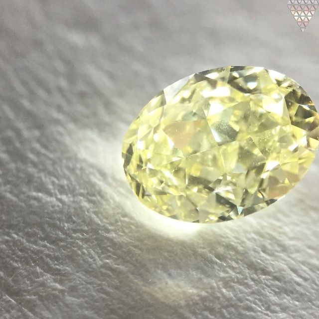0.67 ct Y-Z SI1 OVAL GIA 天然  ダイヤモンド ルース