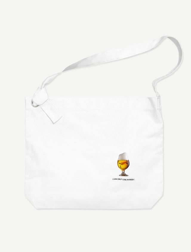 【ビールの中でしか・・・ウミガメ】ビッグショルダーバッグ(ホワイト)