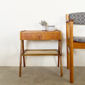 Bedside table / CS031