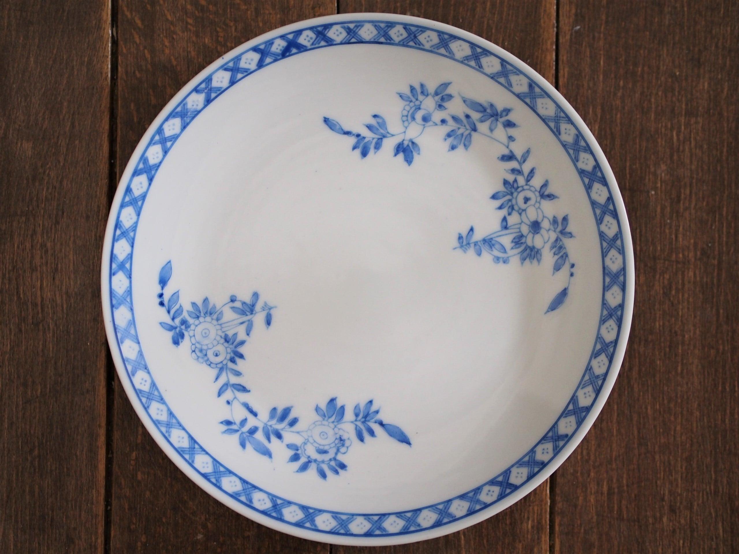 『ブルーの丸皿18センチ/Oriental flower』【ペニンシュラ食器/ブルークレスト】
