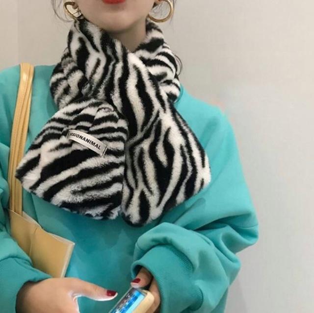 【翌日発送】Zebra pattern short muffler LD0238