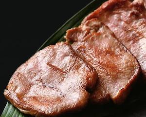 杜の都仙台名物 肉厚牛たん : WIDEFOOD株式会社(肉のいとう)
