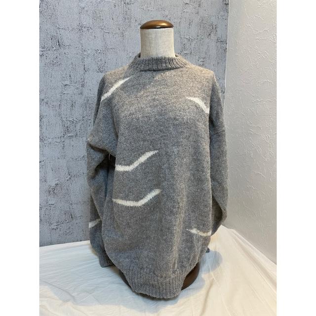 wave pattern charcoal knit