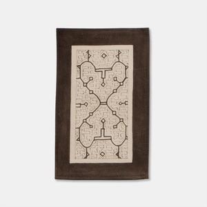 SHIPIBO TEXTILES シピボ族の泥染めのテーブルマット 白フチ縫い 300×200mm S002