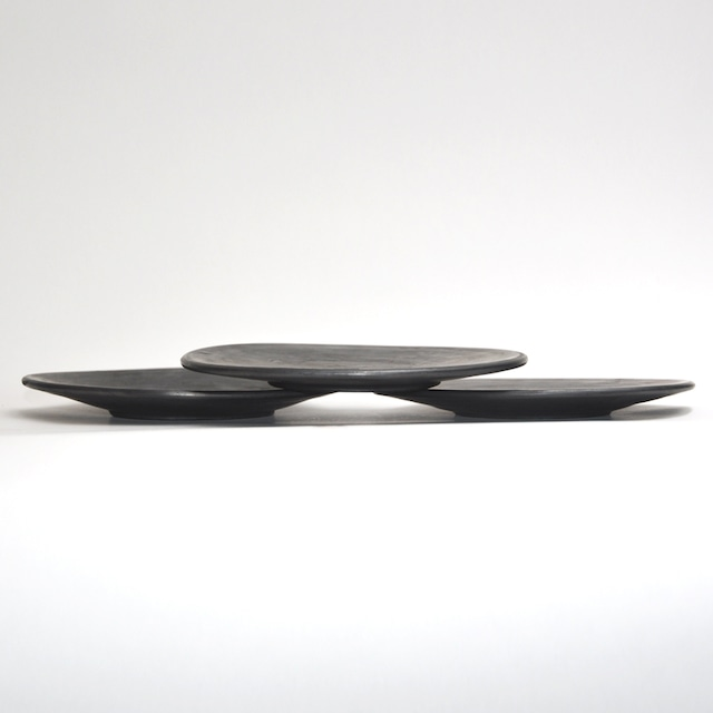 EREACHE エレアチェ 素焼き 黒 平皿 食器 メキシコ オアハカ No.1516