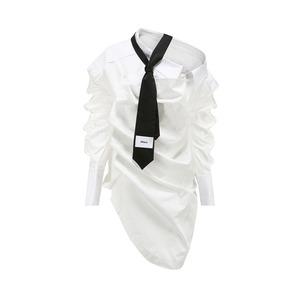 【24 ans】ネクタイアシンメトリーシャツ