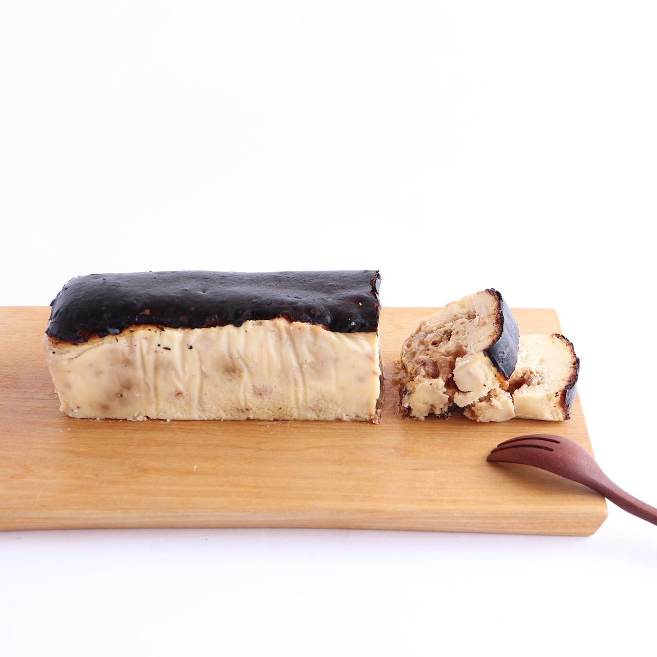 いちじくとくるみのバスクチーズケーキ