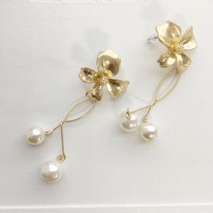 PIERCINGS || 【通常商品】SMALL FLOWER &  YURARI BALL PIERCING || 1 PIERCINGS || GOLD || FCF171