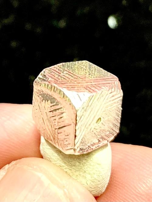 1) メテオライト(隕石)・ルース