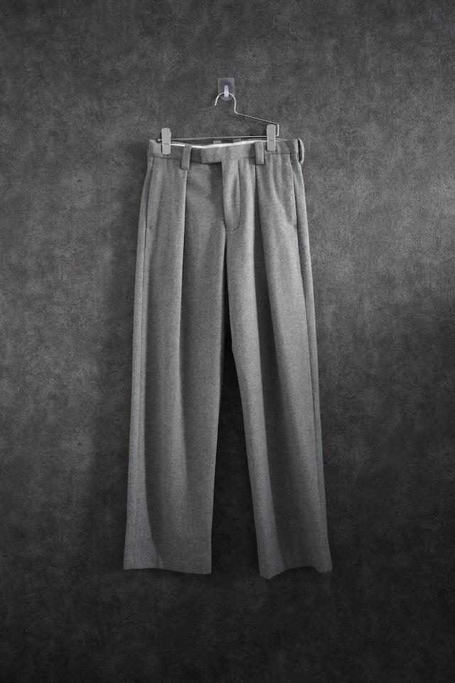 ETHOSENS Wool wide pants  gray