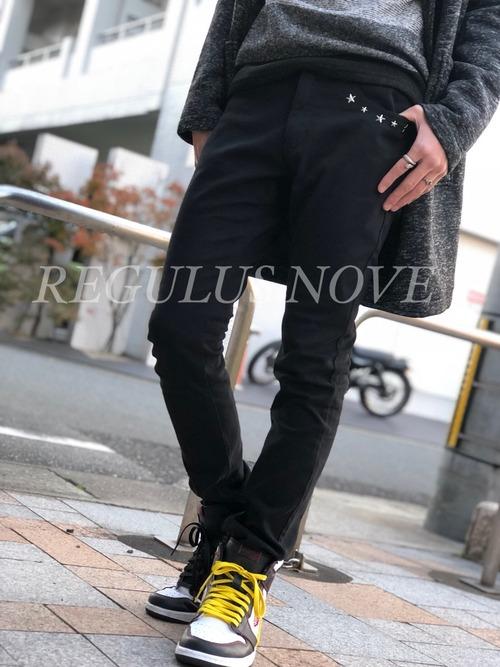 REGULUS NOVE ポイントスタースキニーパンツ メンズ 男物 紳士服 細身 タイト ボトム 黒 スタッズ 星 シンプル