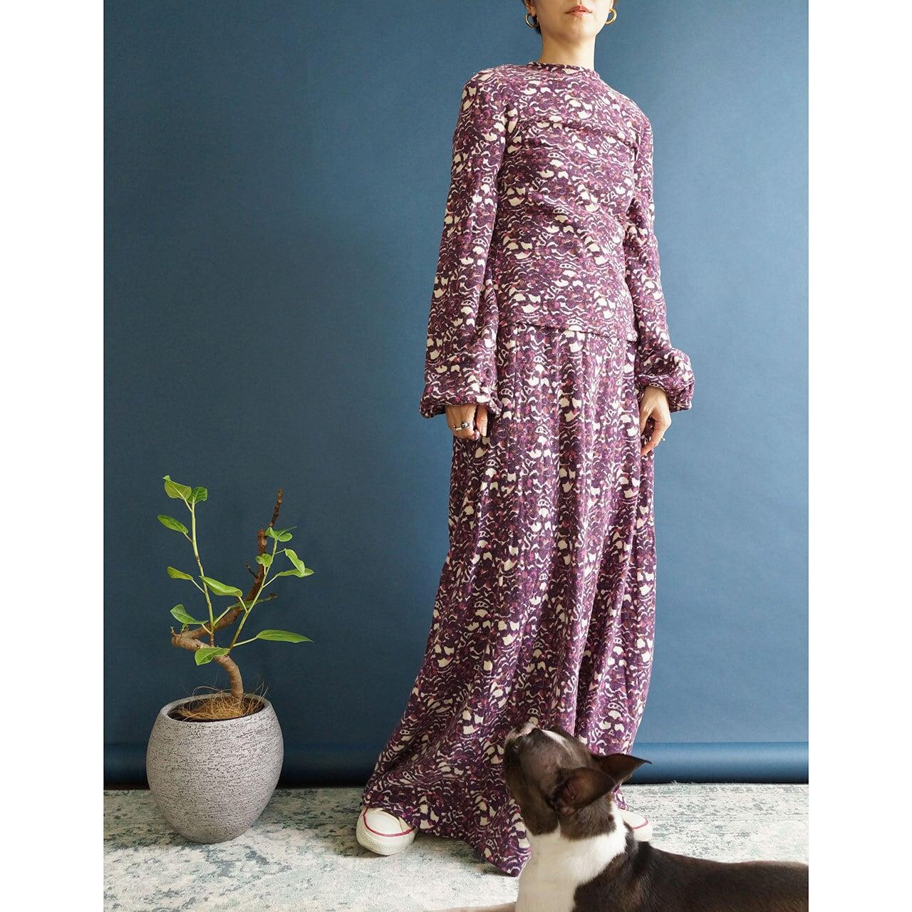 【送料無料】70'sVintage Two Piece Set In Purple And Ivory Knit Maxi Skirt