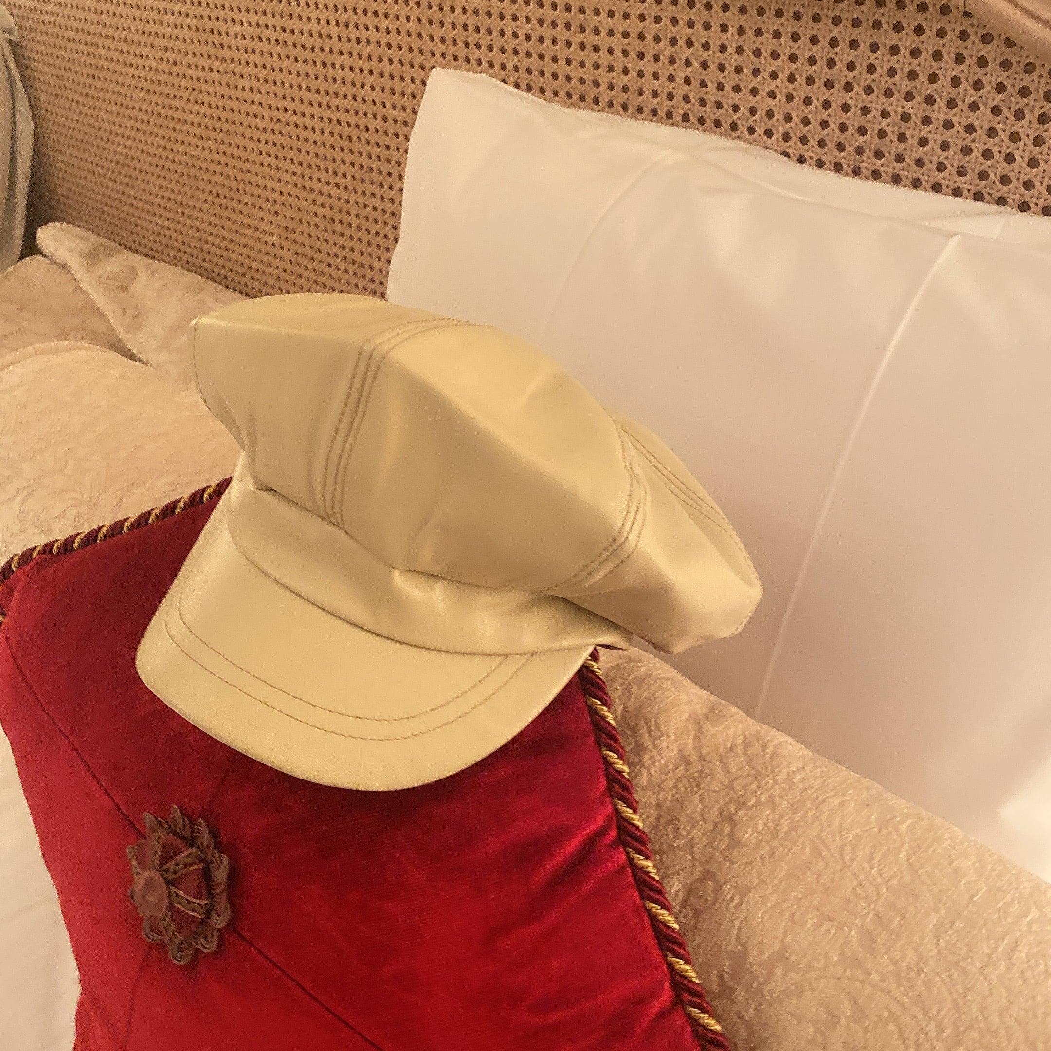 fake leather casquette