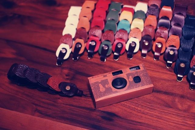 folklole mini / Hand Strap #4【ウロコのようなカメラストラップ】