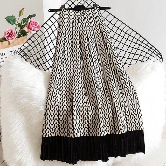 【再入荷】全2色ミモレ丈フリルニットスカート