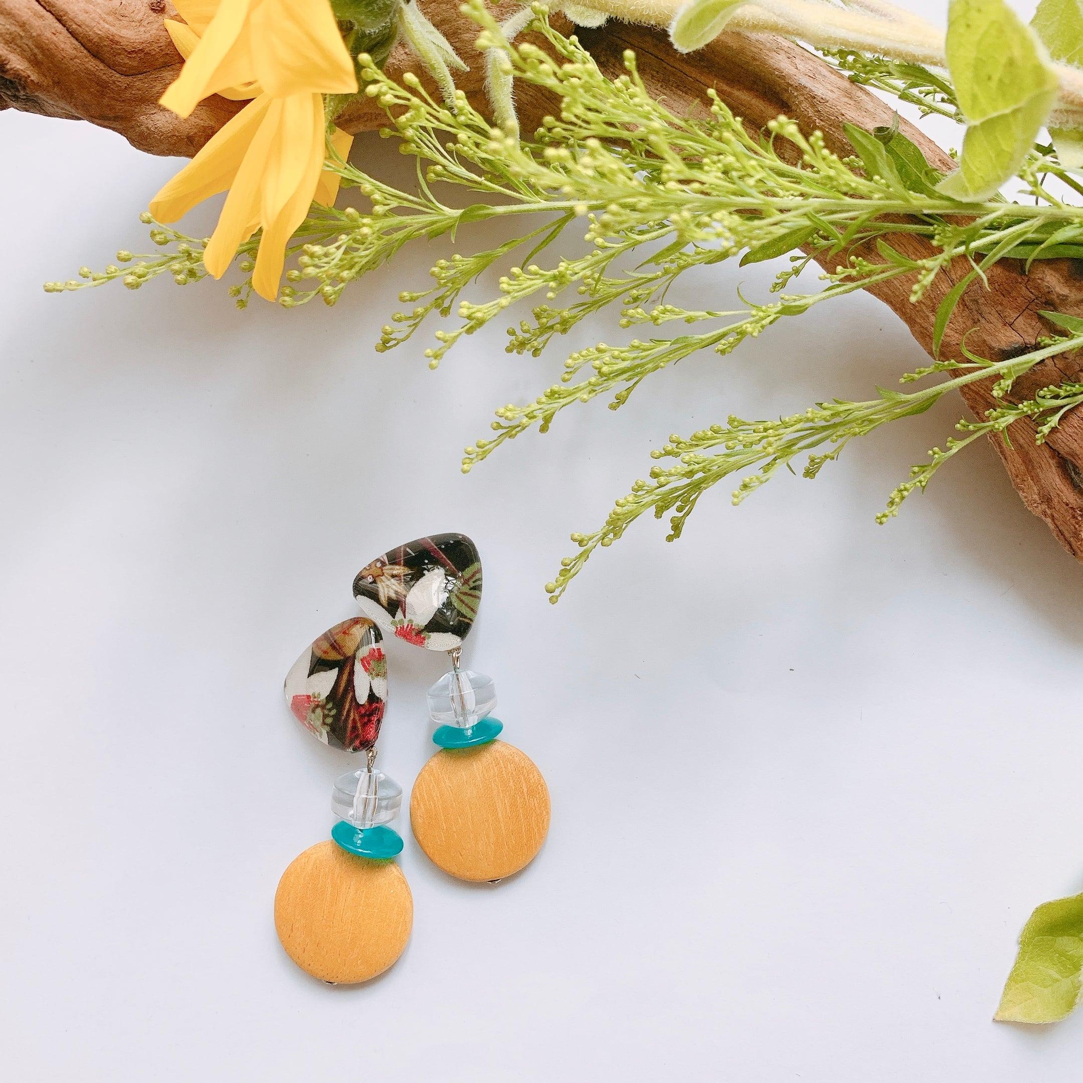 """ Earrings NO.danoan-2″リバティ×ウッドビーズ"