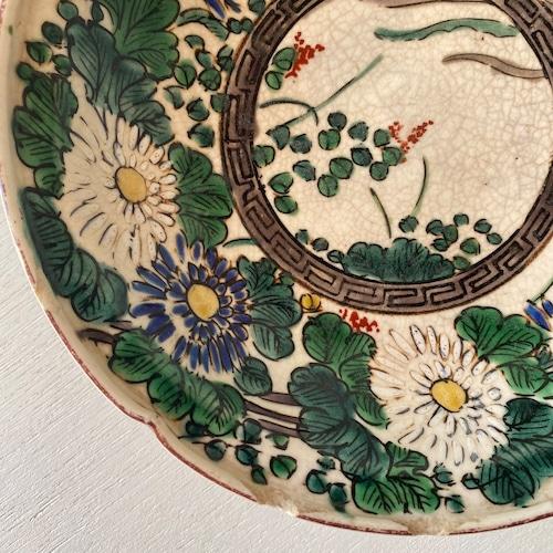 グリーンと花の手描き皿