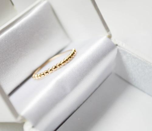 指を細く魅せるリングK10 Design Cut Ball Ring