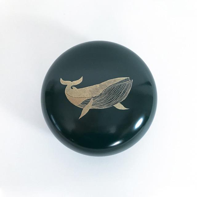 うるしボンボン 青 - クジラ -