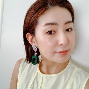 """ Earrings NO.danoan-24″ アシメガラスとグリーンウッド"