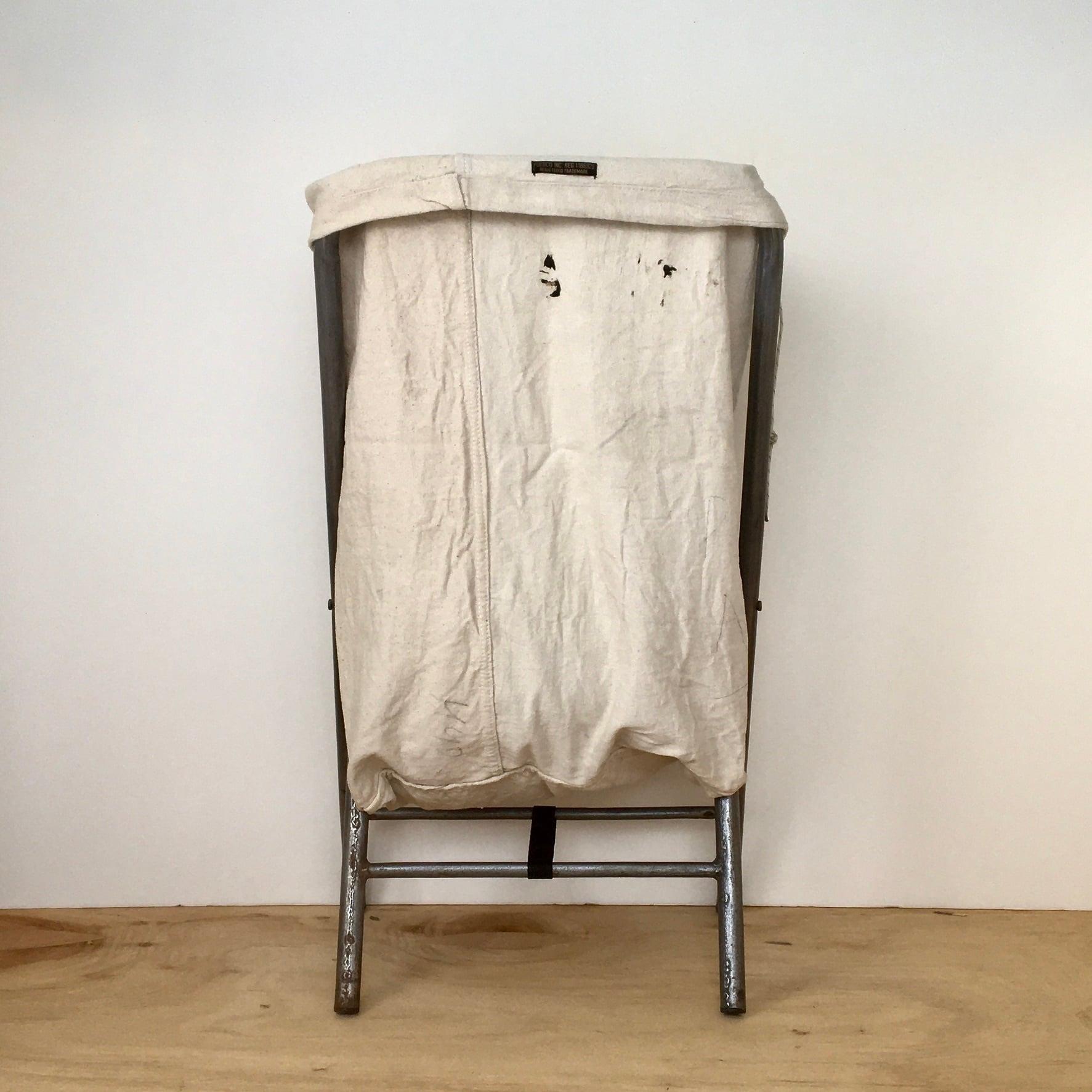 Vintage Folding Laundry Hamper(PUEBCO) ランドリーバスケット