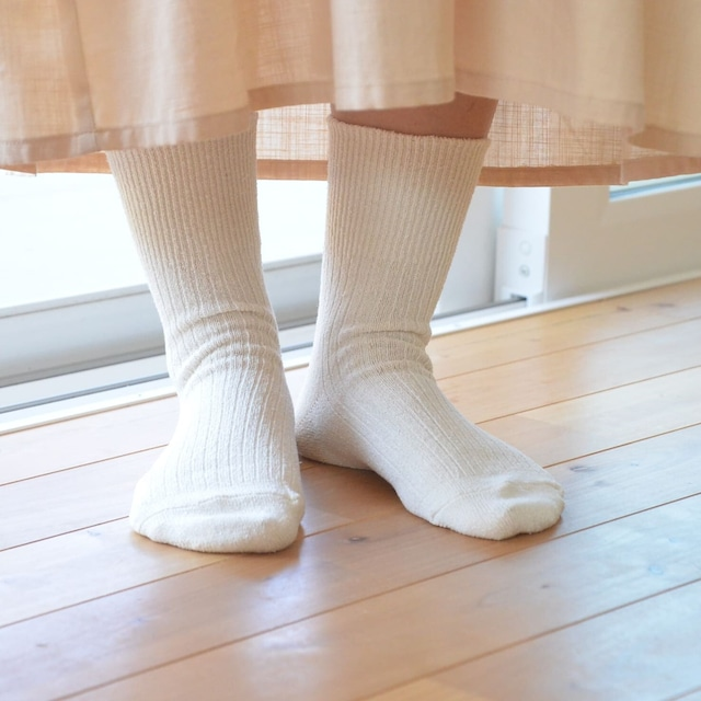 絹の靴下 ノーマル〈22~24㎝〉