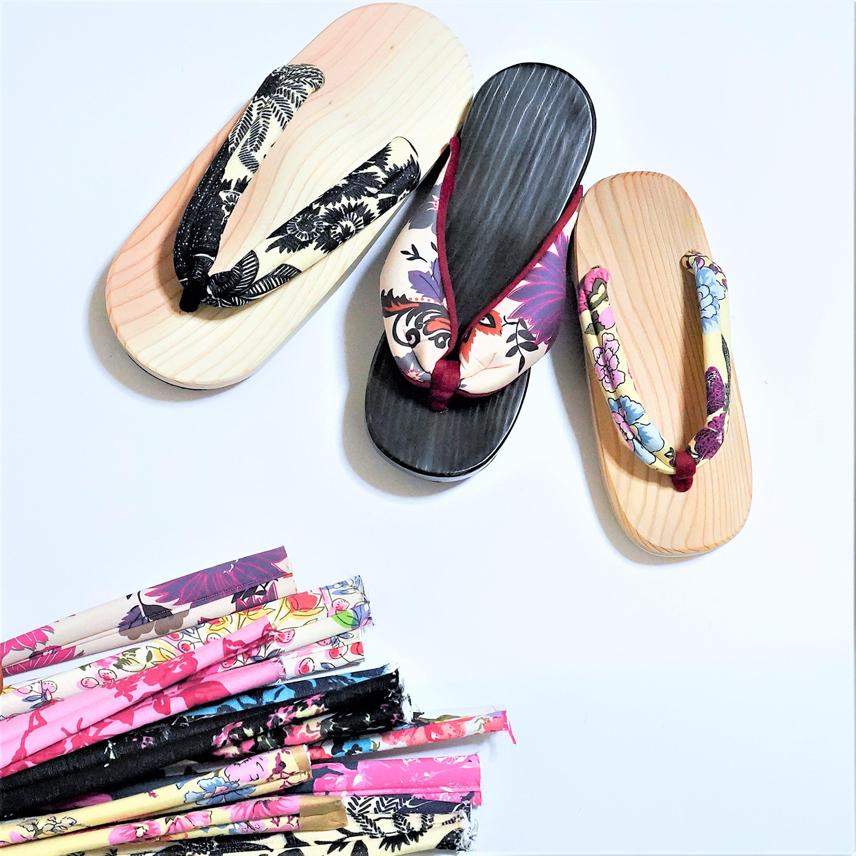 日田下駄 x pink india 靴のサイズよりも ひとつ大き目をおすすめ♪】