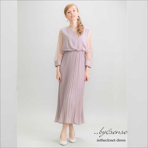 ベージュ《結婚式・二次会などのパーティシーンに》袖ドットチュールプリーツドレス フリーサイズ 3色展開
