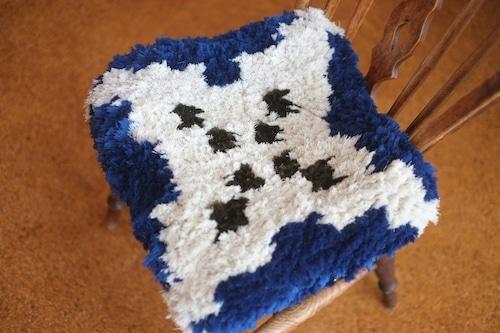 【佐藤さんのノッティング】 ー手織りの椅子敷きー   NEW 41a