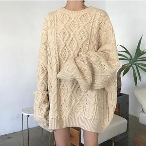 ビッグケーブルニットセーター