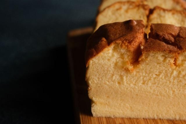 冷やして食べるバターケーキ