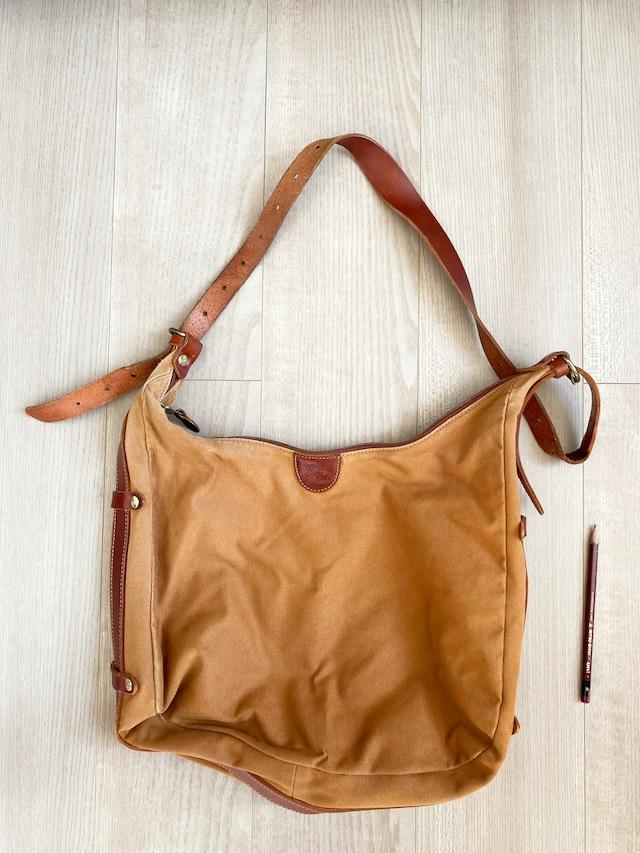 used leather bag No.006「獅子クレセント」