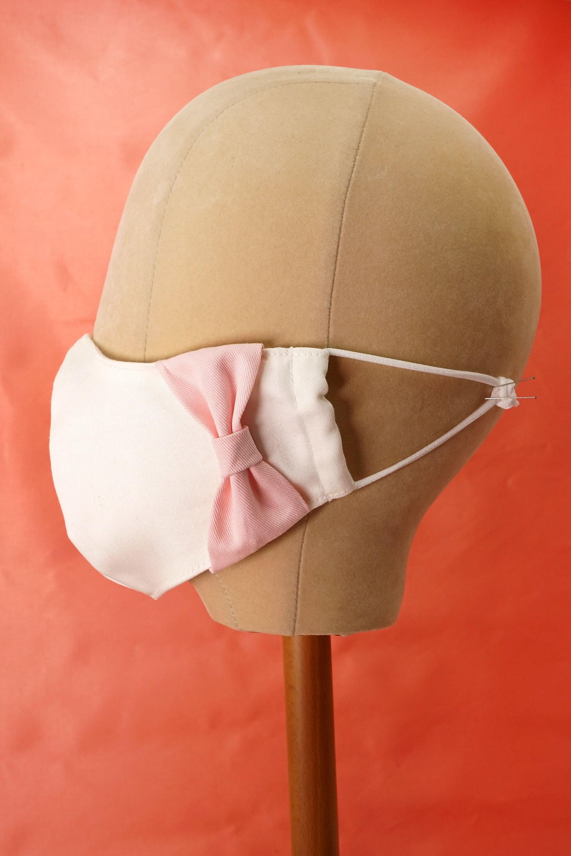 【セール】横顔美人!立体リボンマスク/オフホワイト+ピンクリボン
