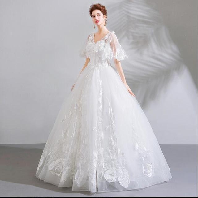 ホワイトフラワーロングドレス