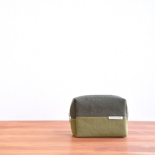 CANVAS BOX POUCH M / AM×MG