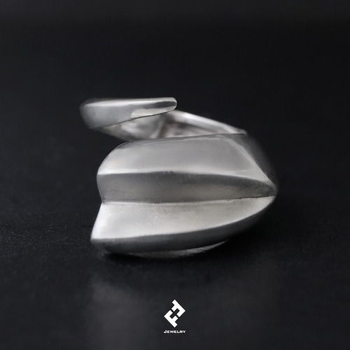 +colmillo・ring (silver)