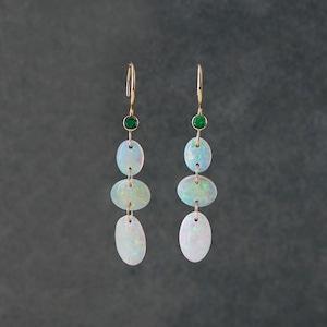 <NEW>Flower Petals Opal L