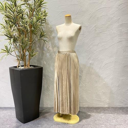 botanical/レザーライクサテンプリーツスカート