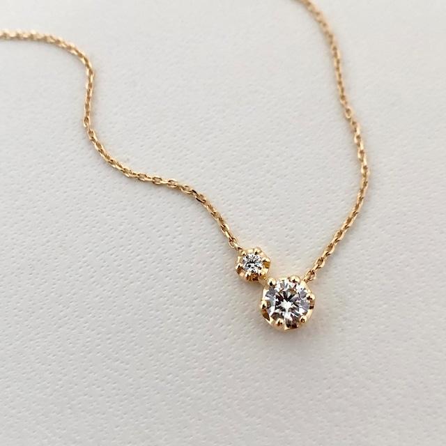 ラウンドブリリアントカット ダイヤモンド 2piece  ペンダント 0.18ct K18イエローゴールド  チェカ 鑑別書付
