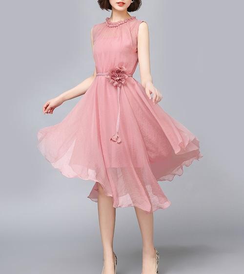 ひざ丈ドレス シフォン ラウンドネック ノースリーブ ビジュー レース コサージュ ベルト フェミニン カラードレス パステル キュート 清楚 エレガント 上品 大人 女子 フォーマル 結婚式 二次会 お呼ばれ パーティ 10代 20代 30代 40代(B347)