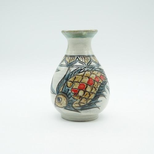 魚紋のミニ花瓶【金城陶器秀陶房】