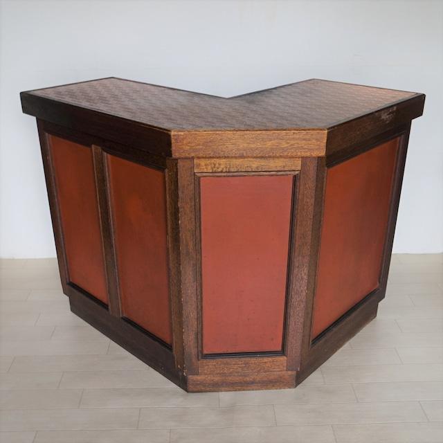 異邦人 銅板のレジ台
