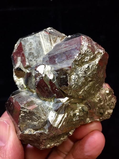 2) パイライト原石