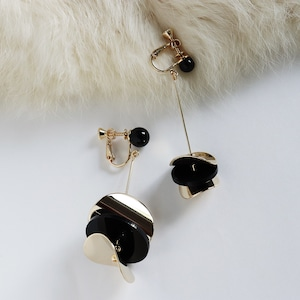 EARRINGS    【通常商品】 ASYMMETRY DISK EARRINGS    1 EARRINGS    GOLD×BLACK    EBH133