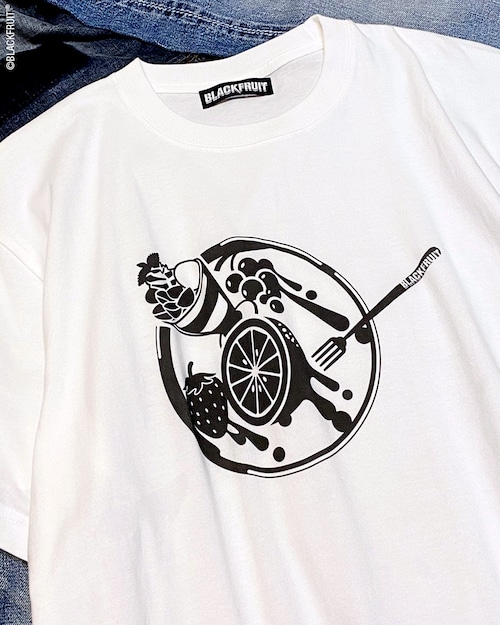 FRUITS ON THE PLATE TEE