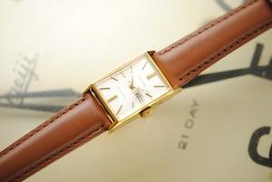 初めての手巻きシリーズ♪【ビンテージ時計】1965年4月製造 セイコーコーラス 手巻き式腕時計 日本製 デッドストック