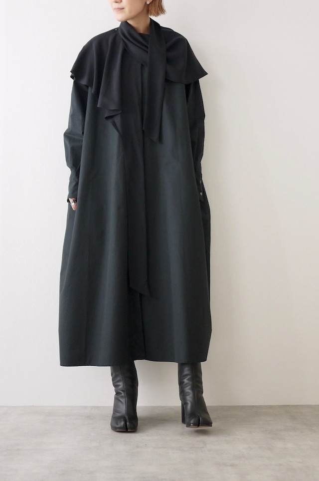 TENNE HANDCRAFTED MODERN | String dress with cape