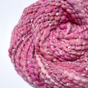 Wave yarn -No.22 / 45g-