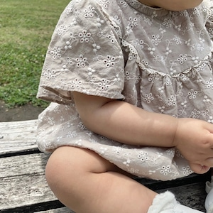 bebe holic.刺繍cotton ココロンパース[70・80]即納